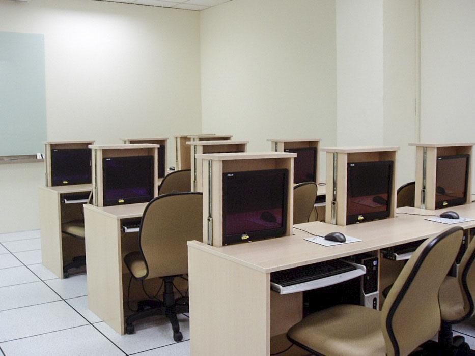 多媒體資訊室